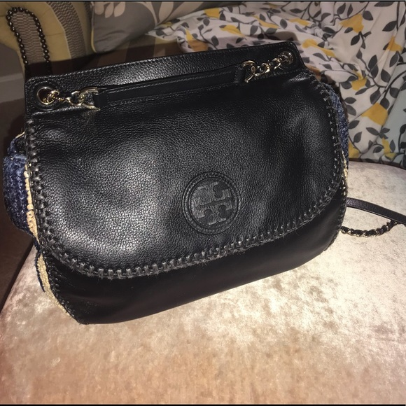 a21c0fd379d Tory Burch Bags | Marion Large Woven Straw Saddle Bag | Poshmark